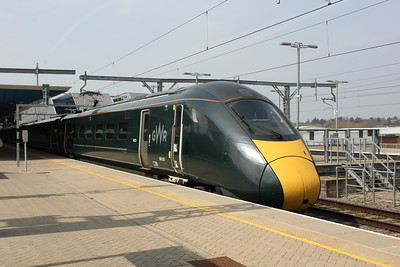 800 031, Reading Station.