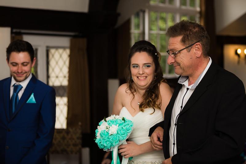 Mayor_wedding_ben_savell_photography_bishops_stortford_registry_office-0056.jpg