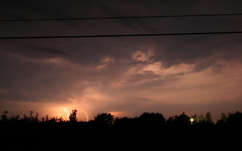 storm_05_16x10_06062008.jpg
