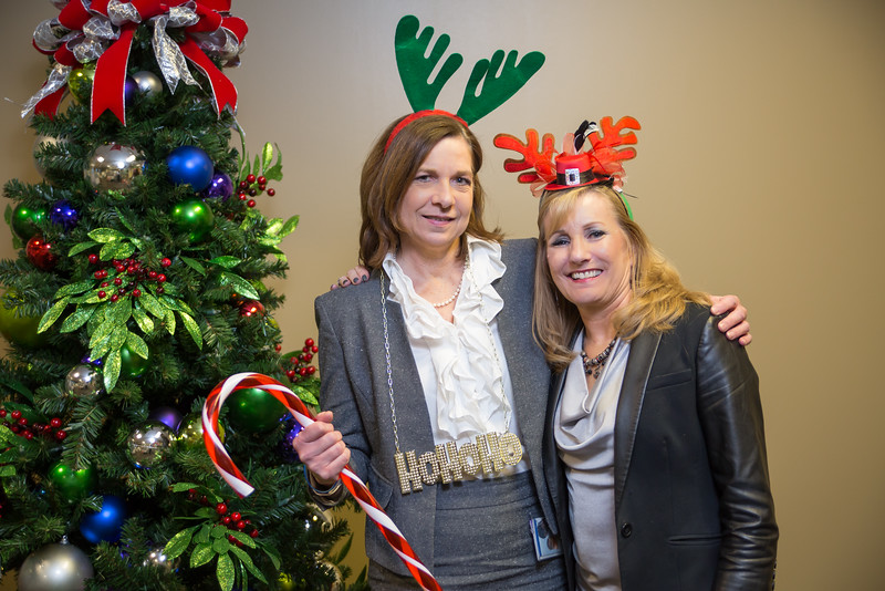 Resource Group 2016 Holiday Party-3112.jpg
