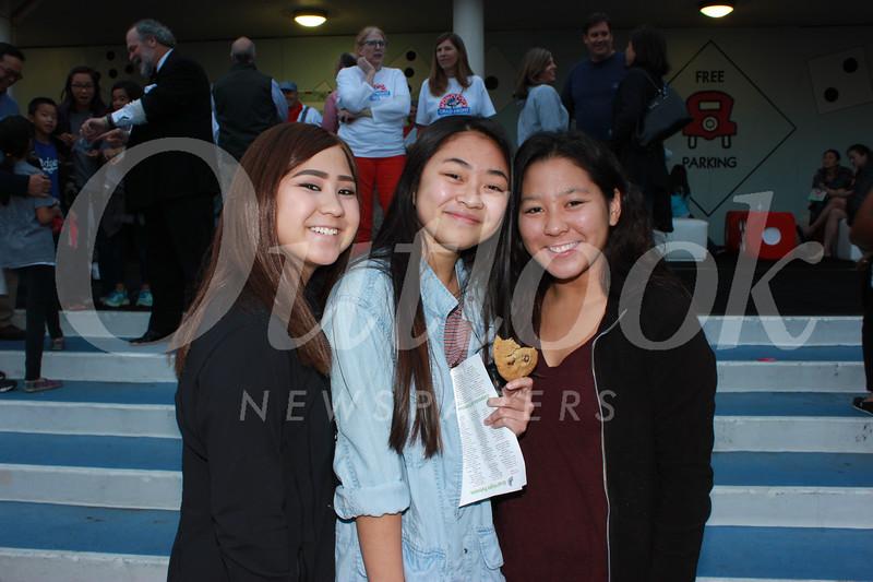 5247 Danielle Uyemura, Allison Ye and Michelle Uyemura.jpg
