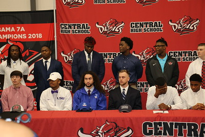 2019 CHS Signings
