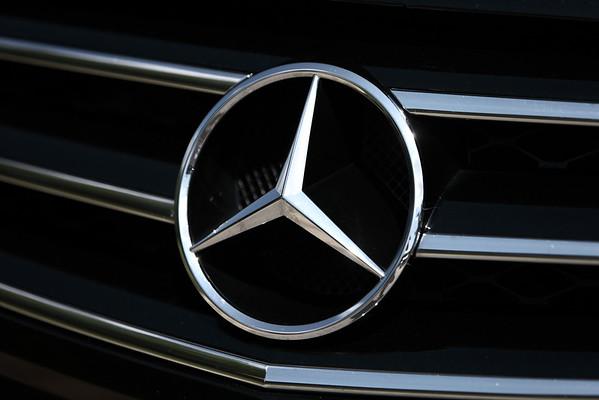 08.22.11 - Mercedes R-Class