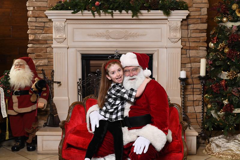 Santa2018.TylerBoye.-25.jpg