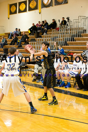Hutch Boys Basketball vs Waseca