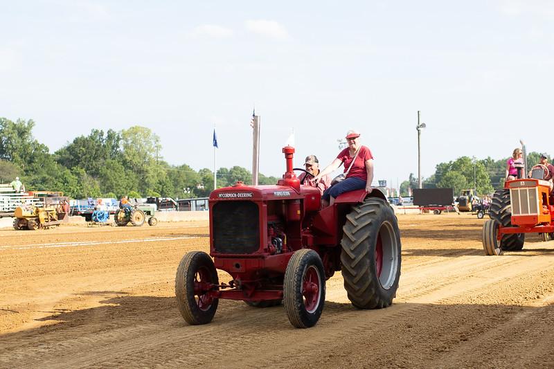 Antique Tractor Parade-20.jpg