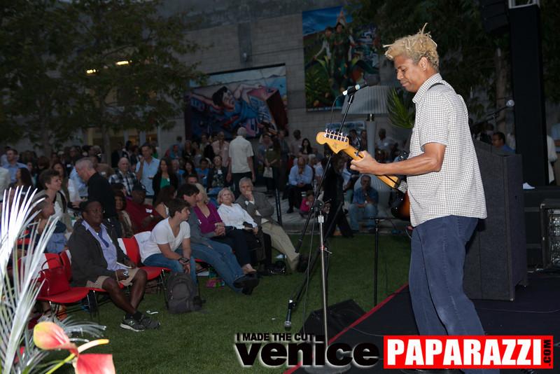 VenicePaparazzi-190.jpg