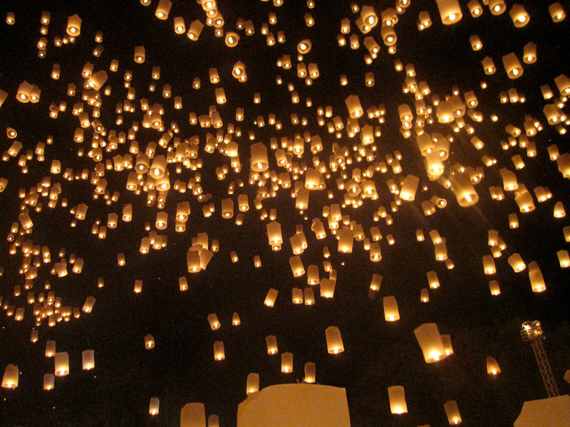 Huge lantern release during Loy Krathong in Chiang Mai, Thailand