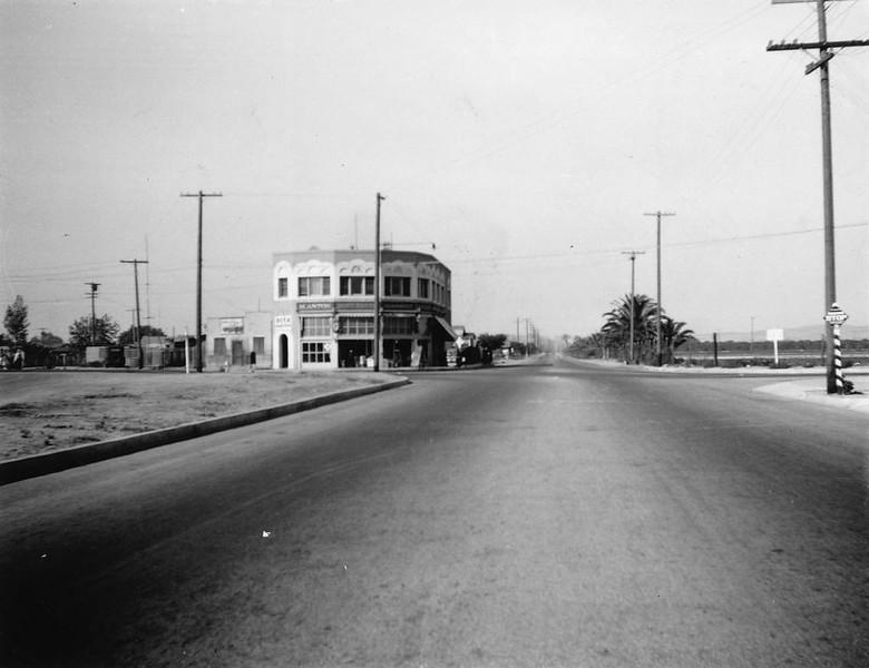 Anaheim-Anton'sFoodMarket-1920.jpg