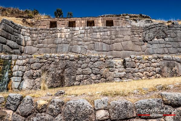Complejo Arqueológico Tambo Machay @ Cusco - Perú