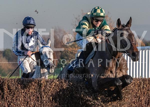 Race 4 - Barton Knoll