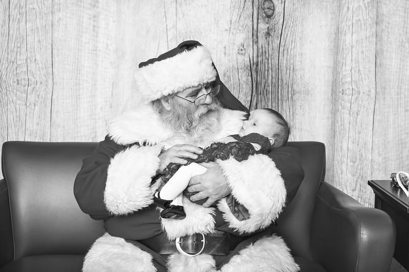 Ameriprise-Santa-Visit-181202-4912-BW.jpg