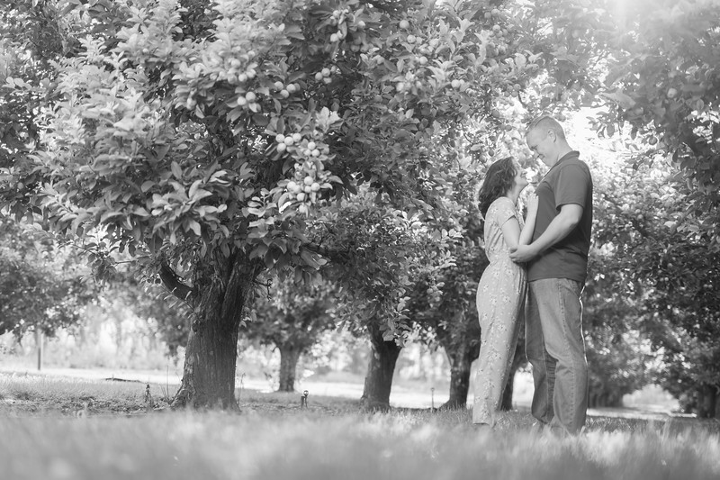 Brandt and Samantha-BW-15.jpg