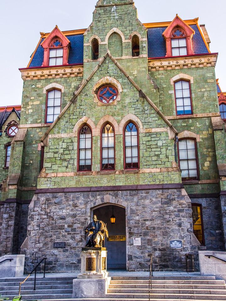 美国费城宾夕法尼亚大学,校园建筑