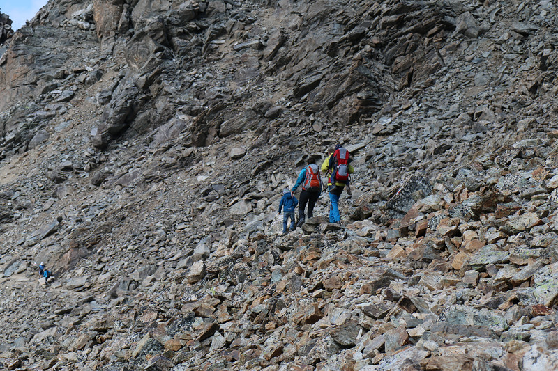 Family of 4 on Munt Pers trail