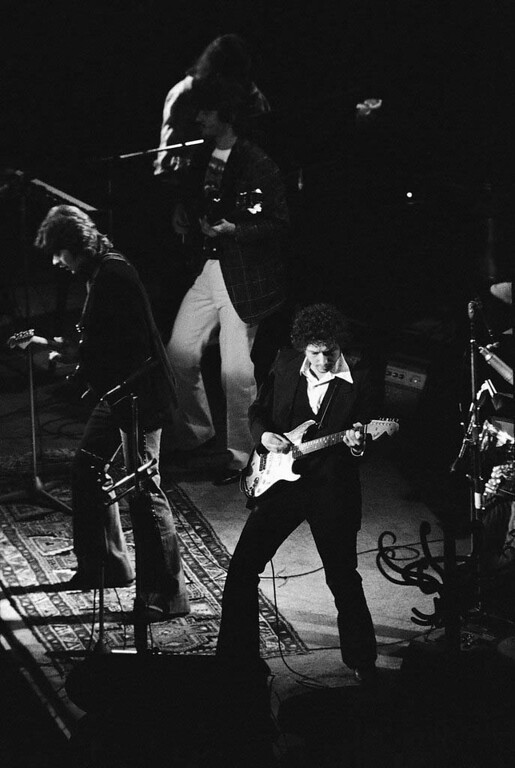 . This was the scene Feb 12,1974 at the Oakland arena  in Calif. during the second of two concerts by Bob Dylan as the Dylan faithful applauded their idol. (AP Photo/Anthony Camerano)