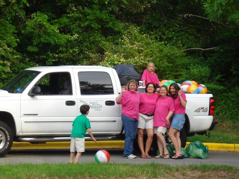 The Oxmoor Valley Orthodontics girls with beach balls!.jpg