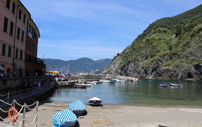 Italy-Cinque-Terre-Vernazza-12.JPG