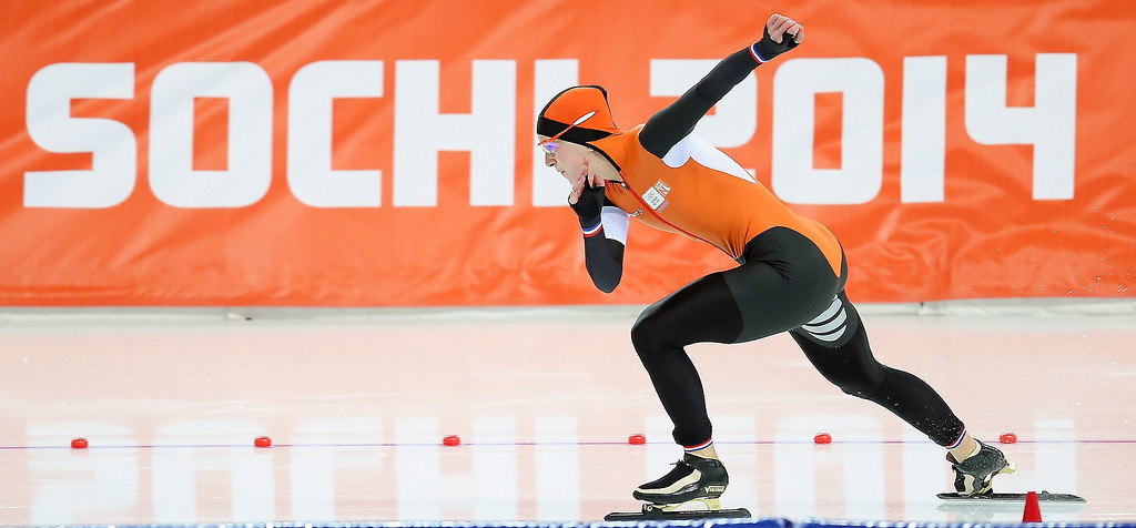. Irene Wust of the Netherlands in action on her way to winning the gold medal in the Women\'s 3000m Speed Skating event in the Adler Arena at the Sochi 2014 Olympic Games, Sochi, Russia, 09 February 2014.  EPA/HANNIBAL HANSCHKE