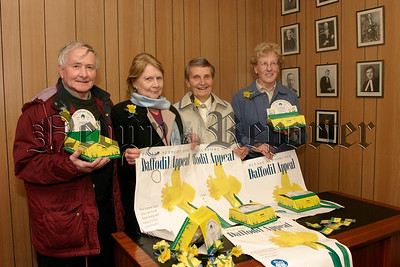 Launch of Daffodil Week for Combat Cancer, Pictured are group members, Eddie Mc Ateer,Elizabeth Holt, Catherine Mc Gladdery and Dorethy Murphy, 05W13N59.