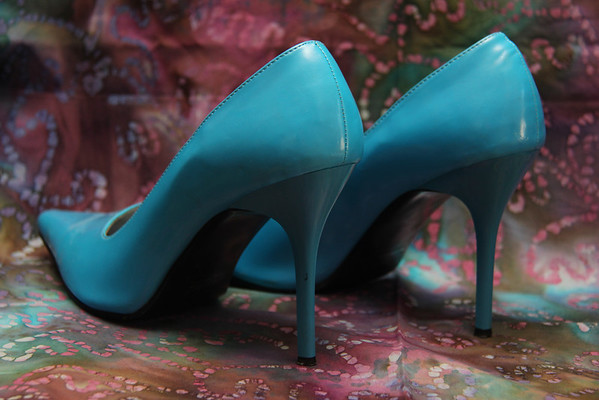 1.18.14 Hollywood Heels Turquoise Pump