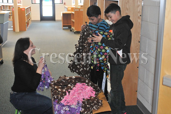 01-15-15 NEWS Dawg Pound Snuggle project