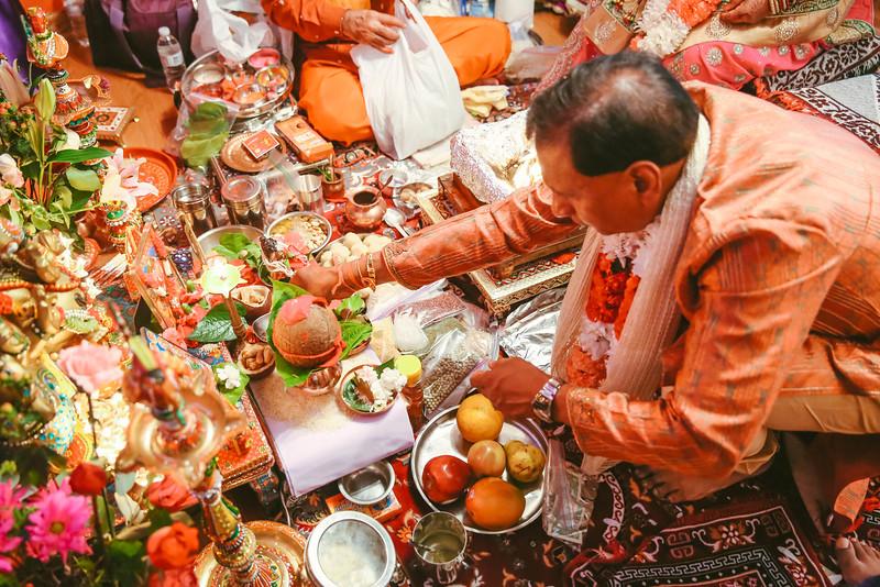 Abhi's Grah Shanti (280 of 507).jpg