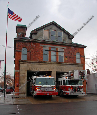 Photo Tour of BFD Engine 31/Ladder 14