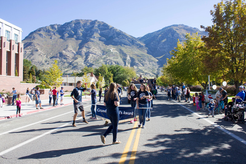 2015_10_10_Homecoming_Parade_7859.jpg