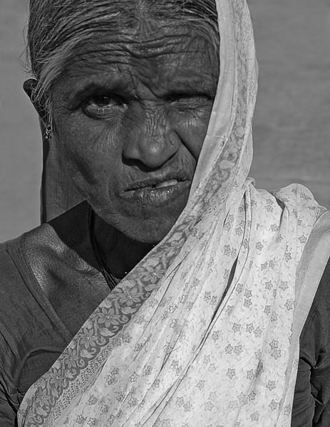 NE-INDIA-20041124A-11A-BW.jpg