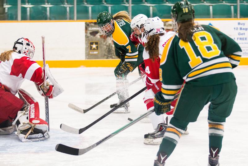 150926-KOEHLER-CU-WomanHockey-0347.jpg