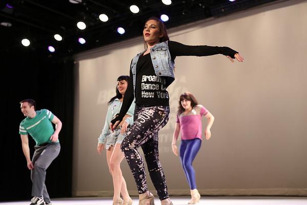 8-Fashion_Show