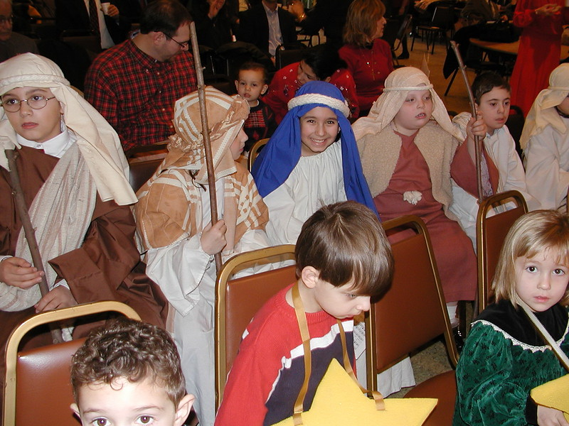 2002-12-21-HT-Christmas-Pageant_082.jpg