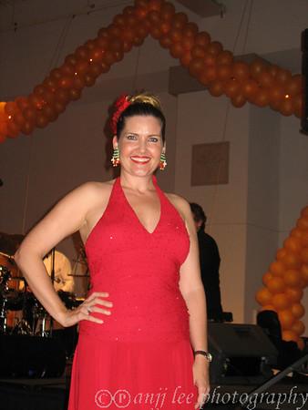 AnitaHall sings at Ihilani Christmas Party  2007