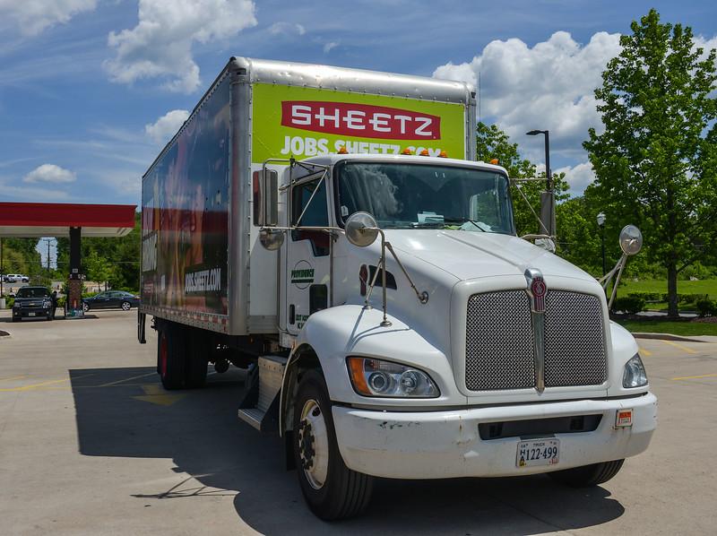 sheetz truk 2000-70-1258.jpg