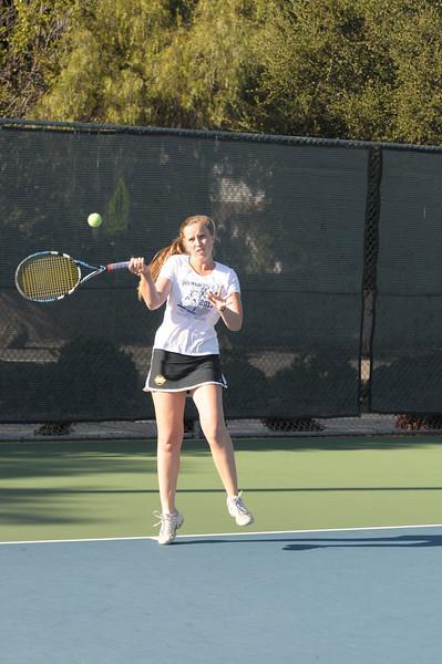 Menlo Girls Tennis 2012 8.jpg