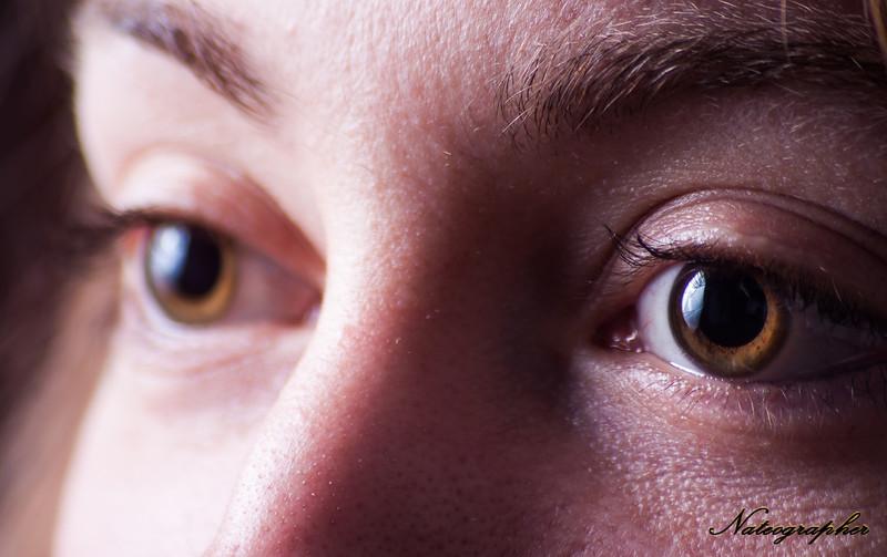 Elyse Eyes-019.jpg