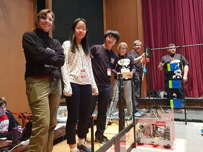 Dolphins Robotics Team Participates in Competition