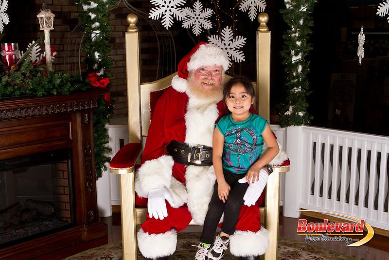Santa Dec 15-40.jpg
