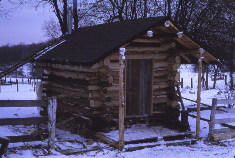Cabin 1975 - 071.jpg