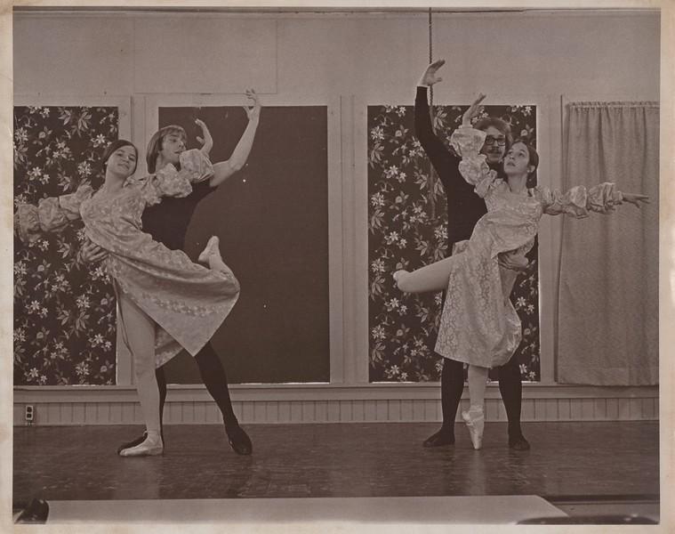 Dance_1259.jpg