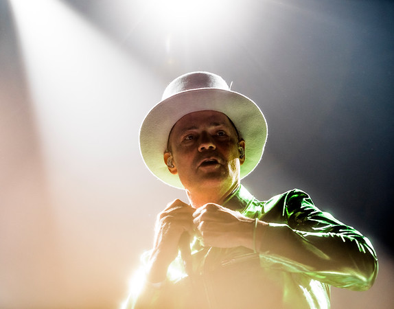 Lead singer of The Tragically Hip, Gord Downie performs with the band at MTS Centre in Winnipeg Friday August 5, 2016. (David Lipnowski for Metro News)