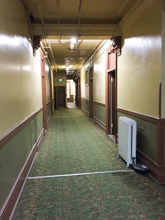 BARCLAY HOTEL  2
