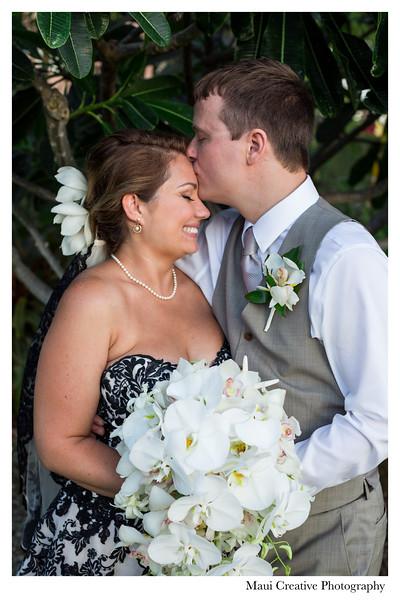 Maui-Creative-Destination-Wedding-0207.jpg