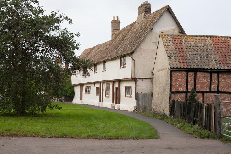 Manor Farm (Nov 2006). Photograph by Mark Heath