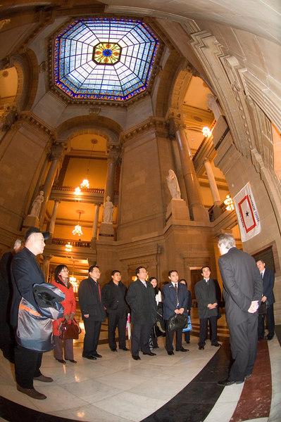 2007_china_delegation_statehouse_tour_lt_gov_0109.JPG