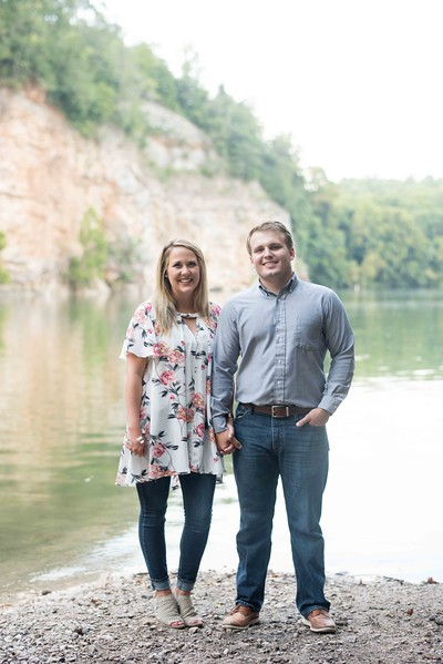 Knoxville-Engagement-Photographers-3.jpg