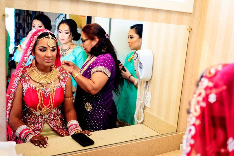 Neelam_and_Matt_Gurdwara_Wedding-1188.jpg