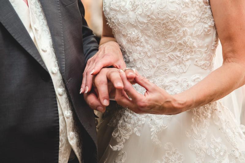 Mr & Mrs Hedges-Gale-50.jpg