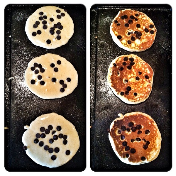 On the table this mornin, a Friday treat: chocolate chip pancakes for 3. #food #foodie #jux